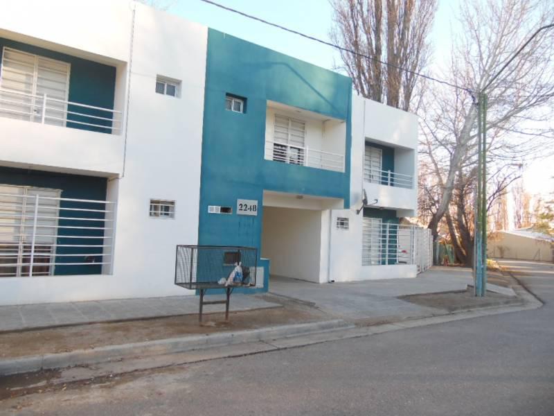 Foto Departamento en Alquiler en  General Roca ,  Rio Negro  San Luis  al 2200