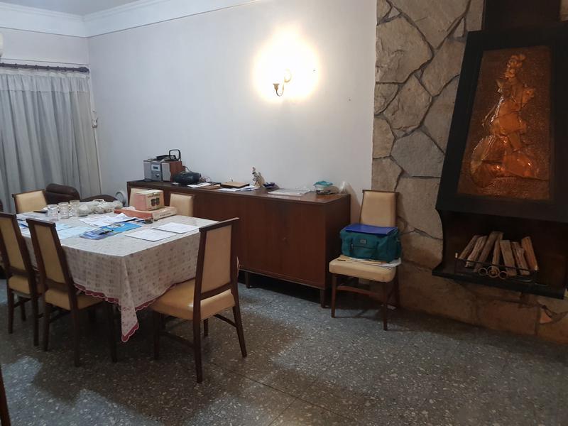 Foto Casa en Venta en  Adrogue,  Almirante Brown  Comodoro Py al 1500