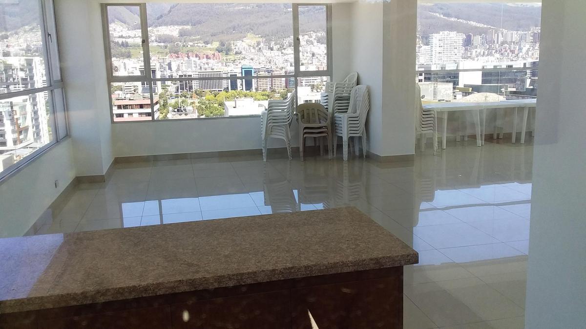 Foto Departamento en Venta en  Norte de Quito,  Quito   6 DE DIC Y PORTUGAL