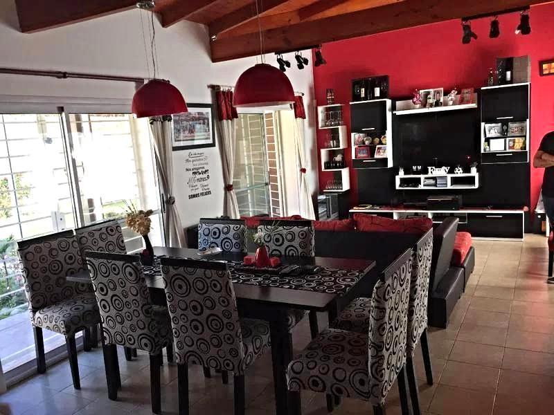 Foto Casa en Venta en  Barrio Parque Leloir,  Ituzaingo  Chiripa al 1300