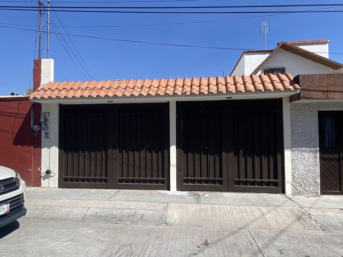 Foto Casa en Venta en  San Luis Potosí ,  San luis Potosí  CASA EN VENTA EN COL. HACIENDA DE BRAVO, SAN LUIS POTOSI