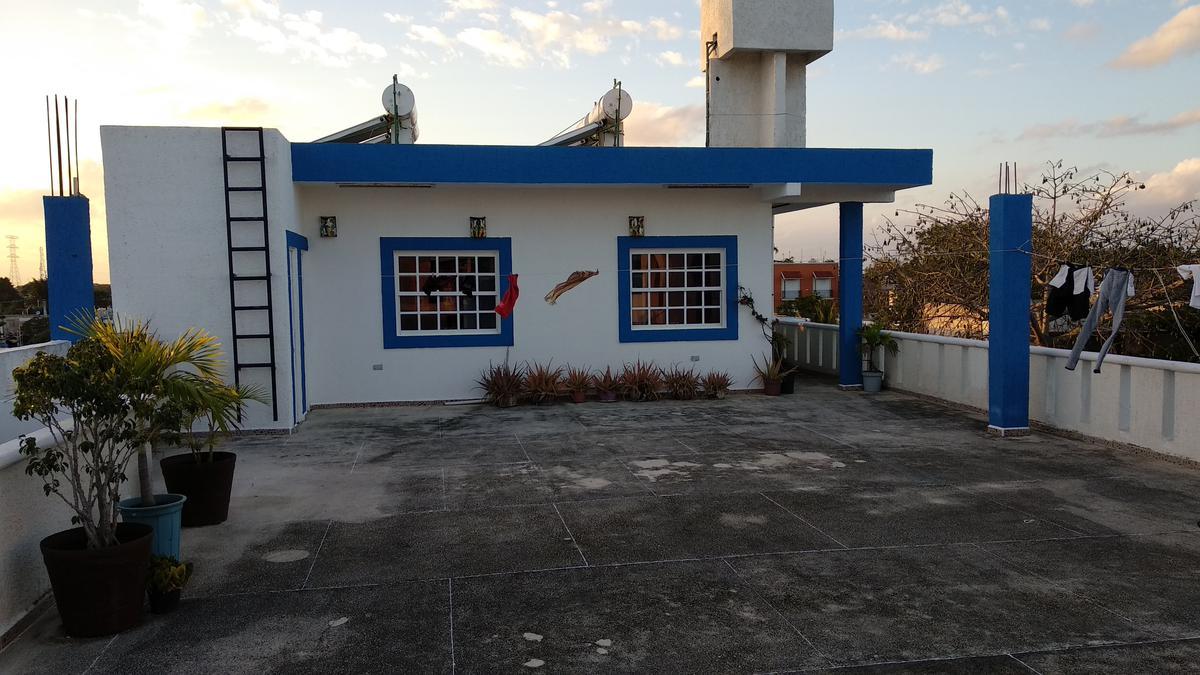Foto Edificio Comercial en Venta | Renta en  Playa del Carmen,  Solidaridad  EDIFICIO CON 8 ESTUDIOS EN RENTA A 2 MINUTOS DE LA PLAYA