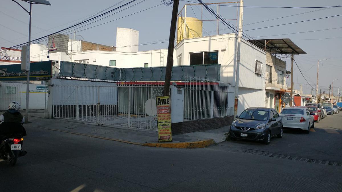 Foto Local en Renta en  San Francisco Coaxusco,  Metepec  LOCAL EN RENTA ESTÁ SOBRE CALLE SALVADOR DÍAZ MIRÓN, CASI ESQUINA LAS TORRES Y CALLE BENITO JUÁREZ, METEPEC