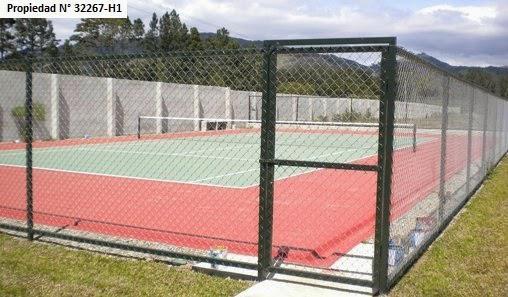 Foto Terreno en Venta en  Cartago ,  Cartago  Céntrico, por Riteve / Piscina / Cancha de Tennis