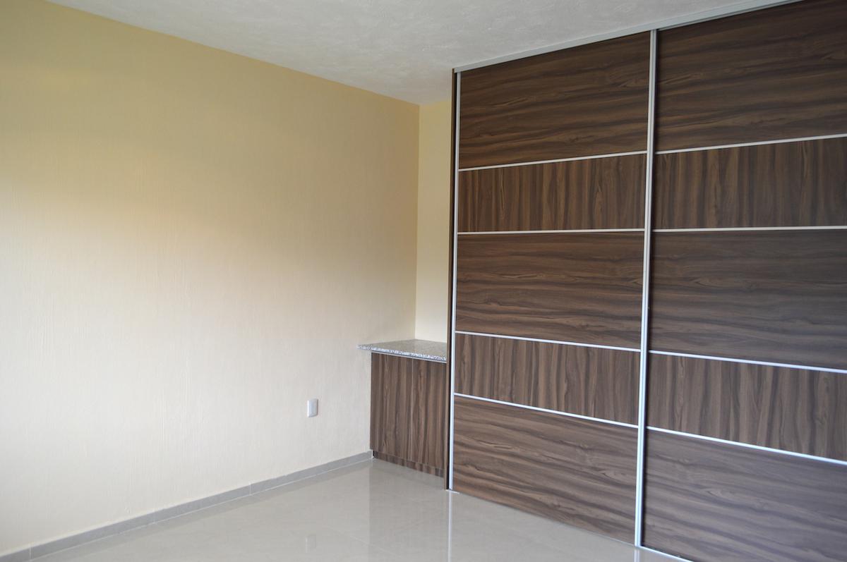 Foto Casa en Venta en  Fraccionamiento Los Almendros,  Zapopan  Av Rio Blanco 1900 44 Fracc. Argenta