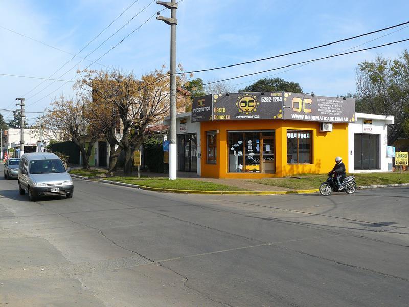 Foto Local en Alquiler en  San Miguel ,  G.B.A. Zona Norte  Malnatti 11