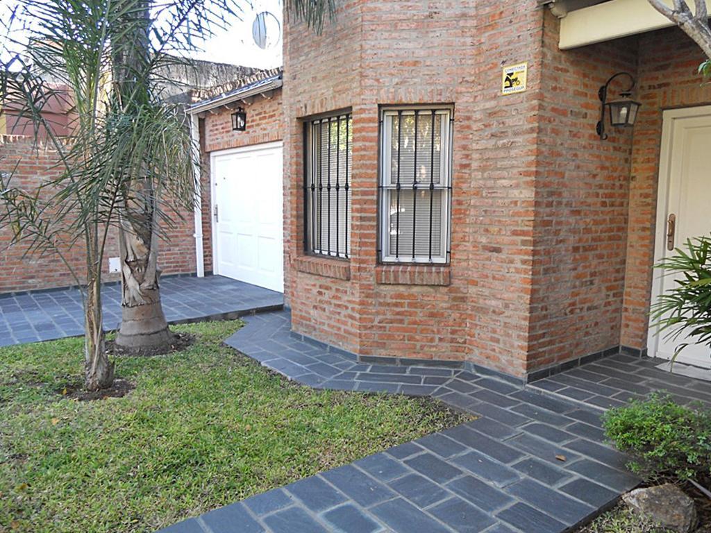 Foto Casa en Venta en  Villa Adelina,  San Isidro  Independencia al 900