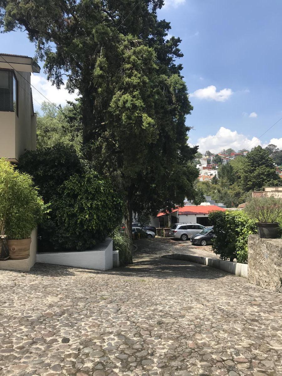 Foto Casa en condominio en Renta | Venta en  Lomas de Tecamachalco,  Naucalpan de Juárez  Lomas de Tecamachalco