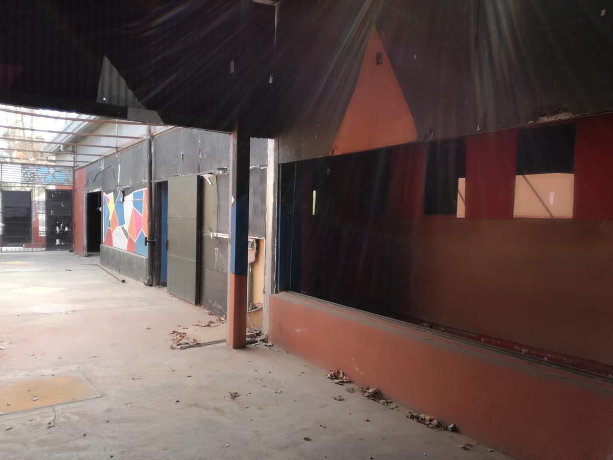 Foto Local en Alquiler | Venta en  Rivadavia ,  San Juan  Avda. Libertador Gral. San Martín  4290 Oeste