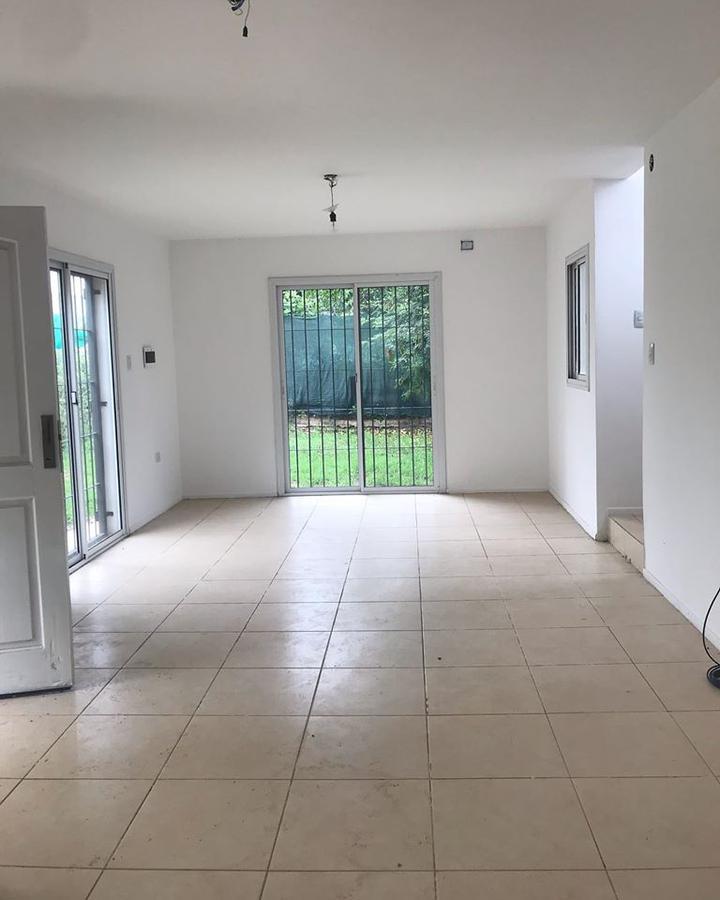 Foto Casa en Venta en  Cordoba Capital ,  Cordoba  Los Reartes 8900 Villa Rivera Indarte