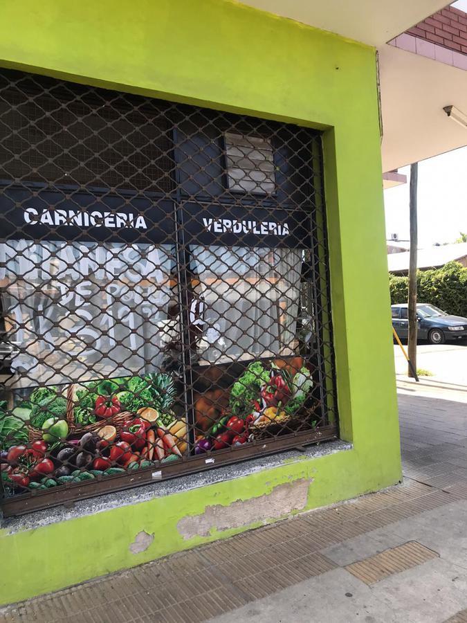 Foto Local en Alquiler en  Bella Vista,  San Miguel  Senador Moron y Rio Negro