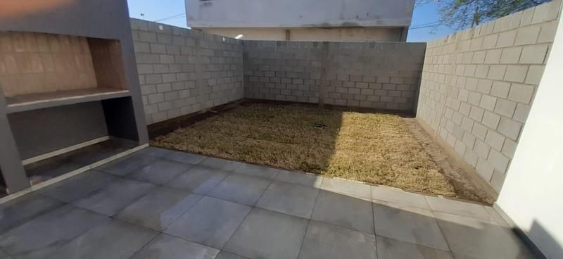 Foto Casa en Venta en  Miradores de Manantiales,  Cordoba Capital  Dúplex en venta en Miradores de Manantiales II. RECIBE MENOR.