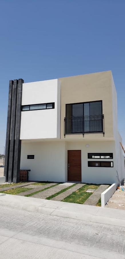 Foto Casa en Renta en  Ciudad Maderas Residencial Querétaro,  El Marqués  CASA RENTA NUEVA  FRACC. CAPITAL SUR QRO. MEX.