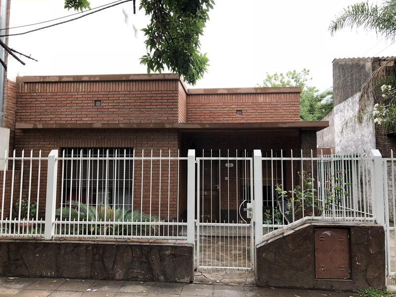 Foto Casa en Venta en  Esc.-Centro,  Belen De Escobar  Alberdi 374