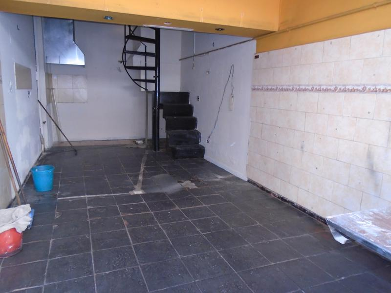 Foto Local en Venta en  San Telmo ,  Capital Federal  Chacabuco  al 700