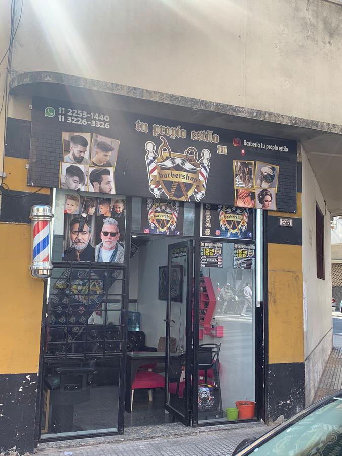 Foto Local en Venta en  Balvanera ,  Capital Federal  Moreno 2500