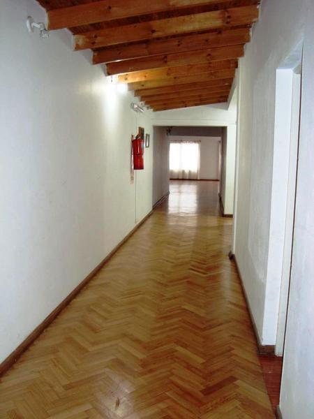 Foto Local en Venta en  La Plata ,  G.B.A. Zona Sur  63 esquina 9