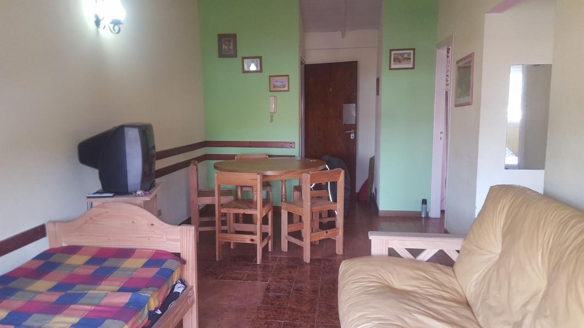 Foto Departamento en Venta en  San Bernardo Del Tuyu ,  Costa Atlantica  Machado 217 - 3° 4 - San Bernardo