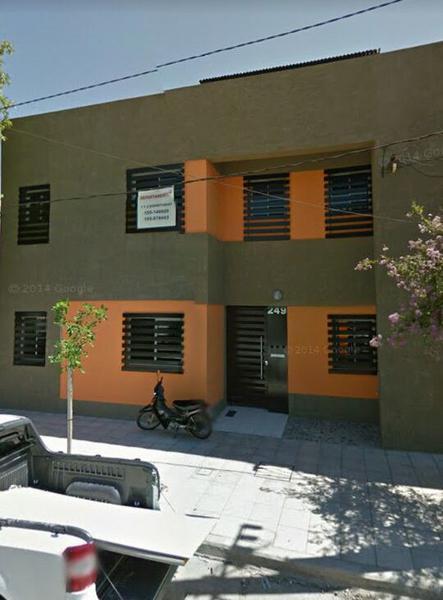 Foto Departamento en Alquiler en  San Miguel De Tucumán,  Capital  Colombia al 600 - Amplio monoambiente.