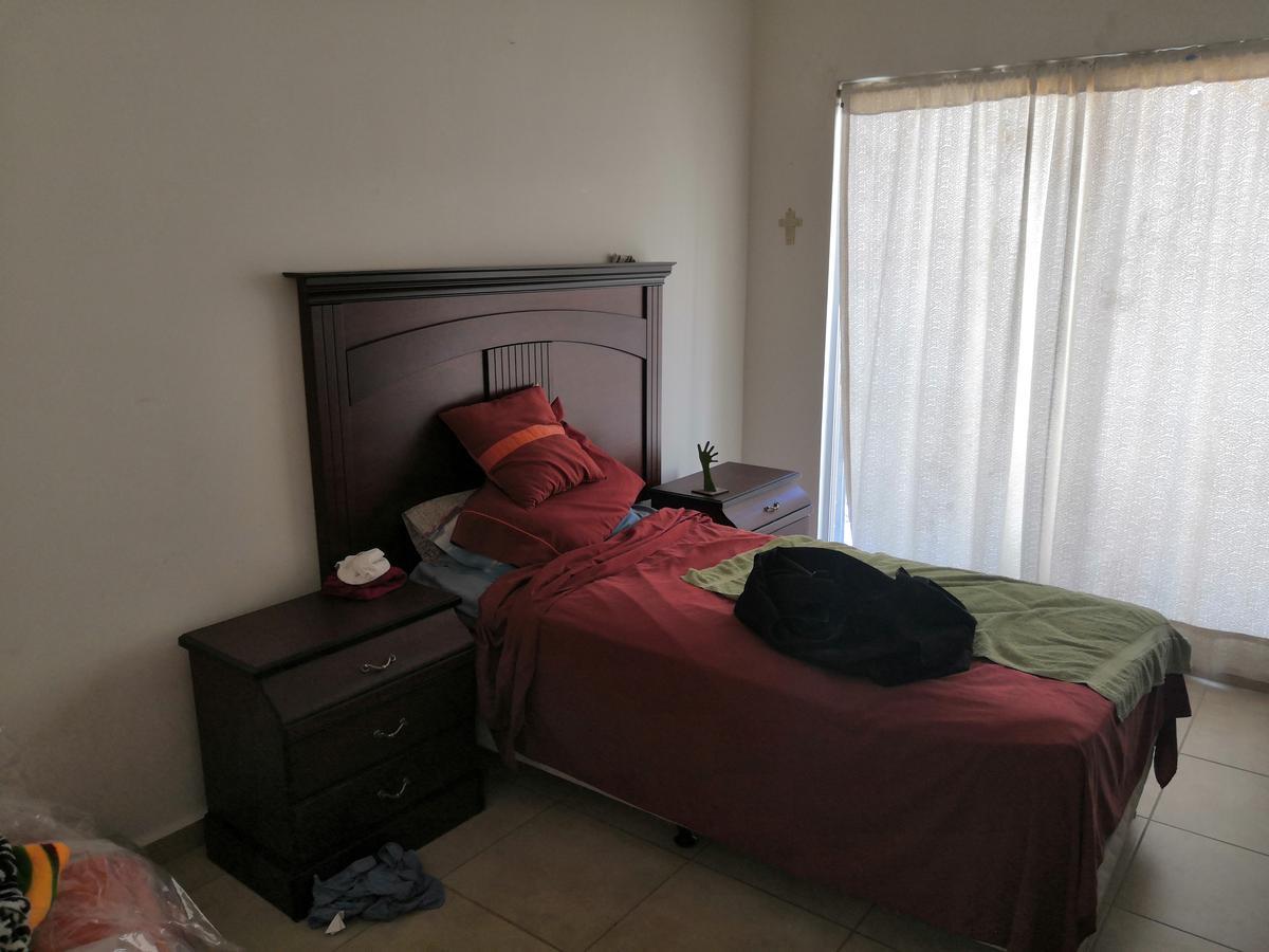 Foto Casa en Venta en  Bugambilias,  Soledad de Graciano Sánchez  Fraccionamiento Bugambilias