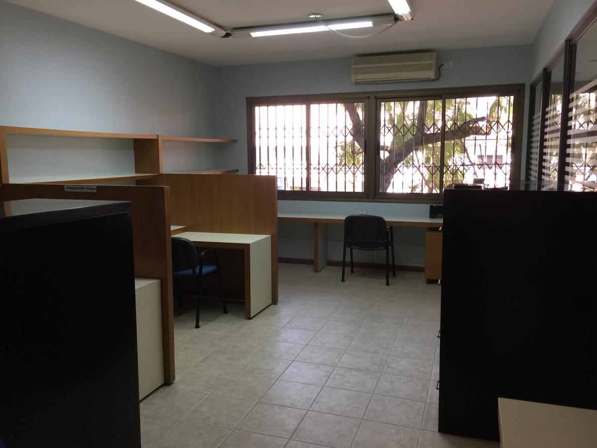 D 39 aria propiedades oficina en venta en v lopez vias for Muebles de oficina olivos
