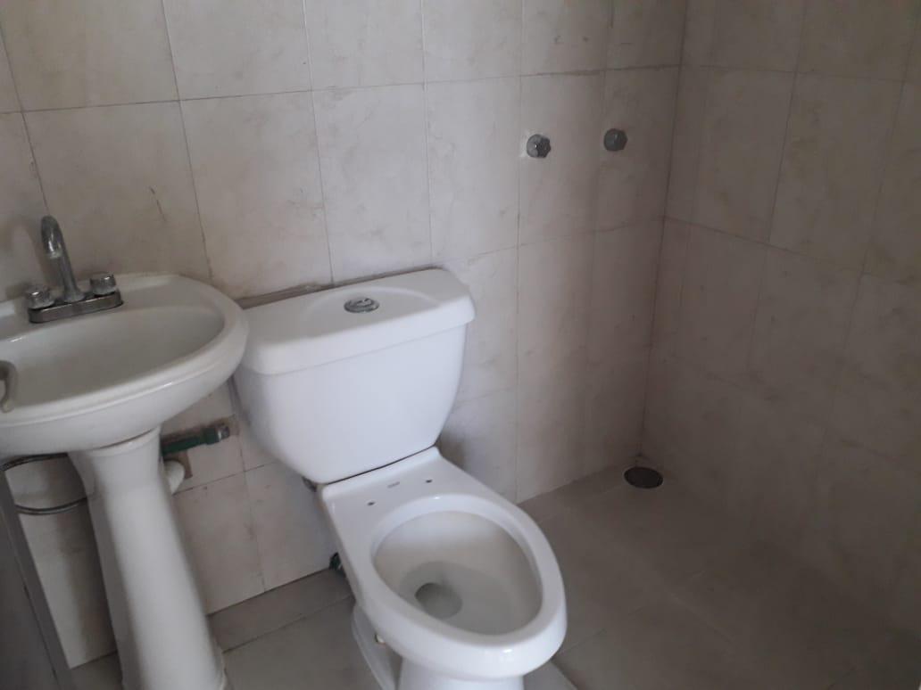 Foto Local en Renta en  Estatuto Juridico,  Boca del Río          LOCAL COMERCIAL EN RENTA SOBRE AVENIDA URANO BOCA DEL RÍO VERACRUZ