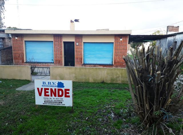 Foto Casa en Venta en  Colonia del Sacramento ,  Colonia  Casa de 2 dormitorios, en la zona del Real de San Carlos
