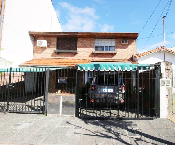Foto Casa en Venta en  Martinez,  San Isidro  AZCUENAGA al 1600