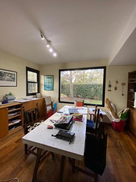 Foto Casa en Venta en  Manuel B Gonnet,  La Plata  20 esquina al 496