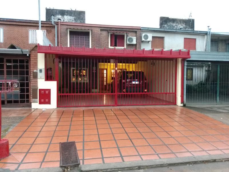 Foto Casa en Venta en  San Miguel De Tucumán,  Capital  Duplex Lavaisse al 1600