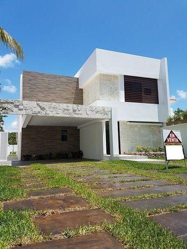 Foto Casa en Venta en  Solidaridad ,  Quintana Roo  Residencial Playa Magna