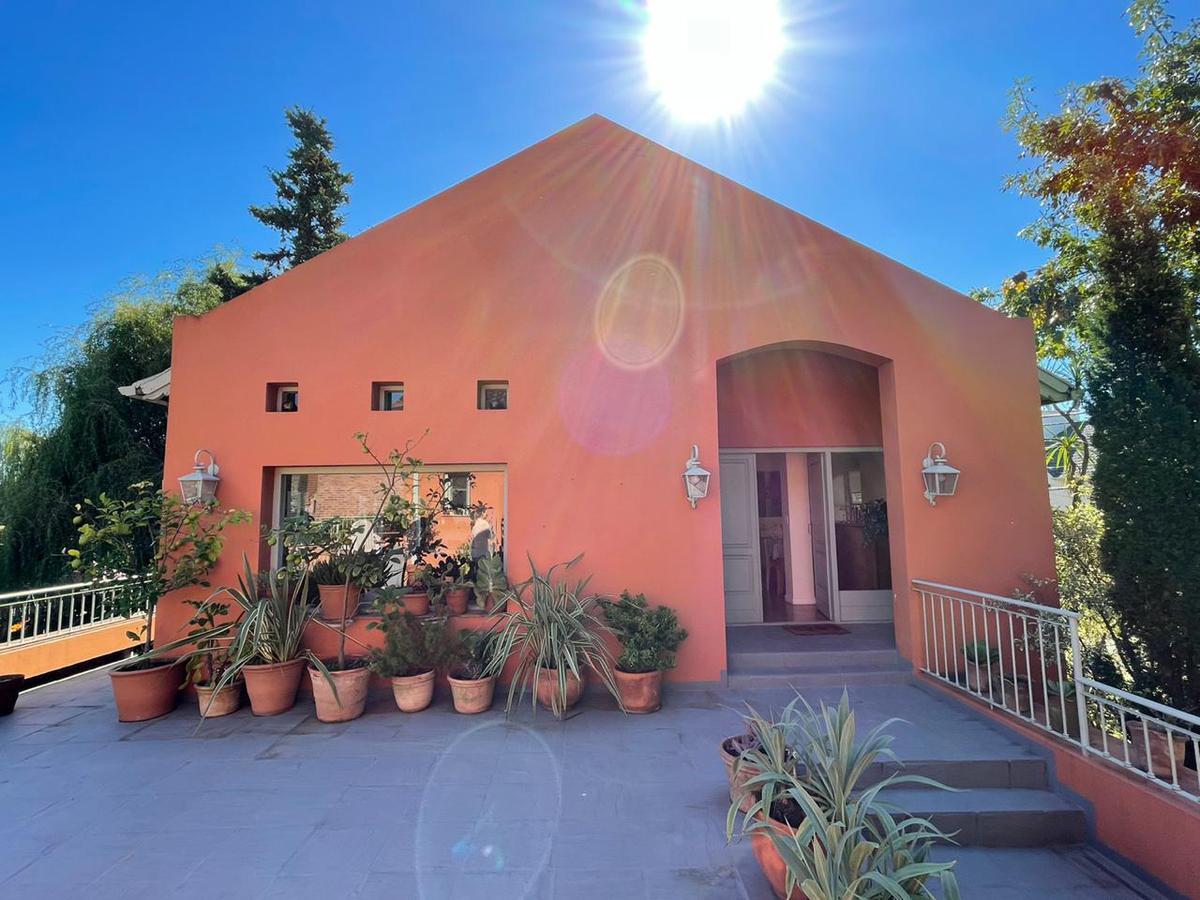 Foto Casa en Venta en  Camino Real,  Countries/B.Cerrado (San Isidro)  Camino Real