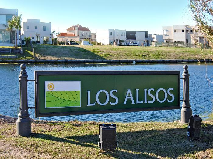 Foto Terreno en Venta en  Nordelta,  Countries/B.Cerrado  Lote a la laguna en Los Alisos. Nordelta