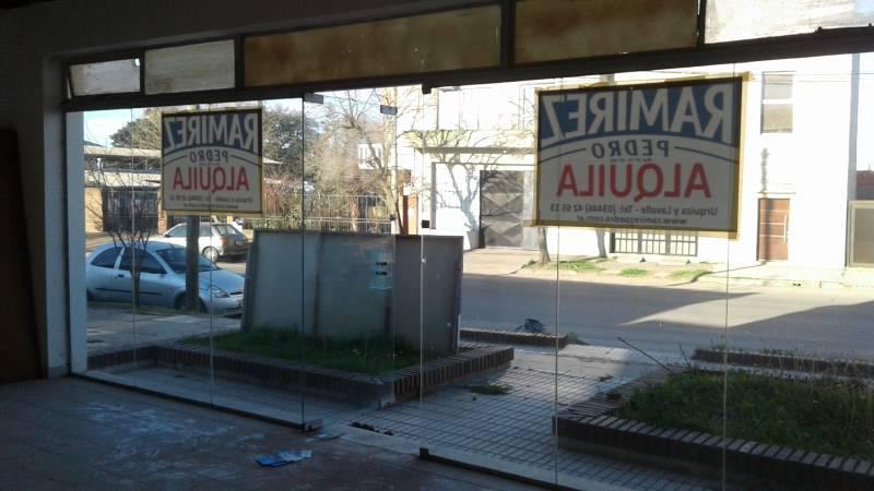 Foto Local en Alquiler en  Gualeguaychu ,  Entre Rios  Primera Junta al 800