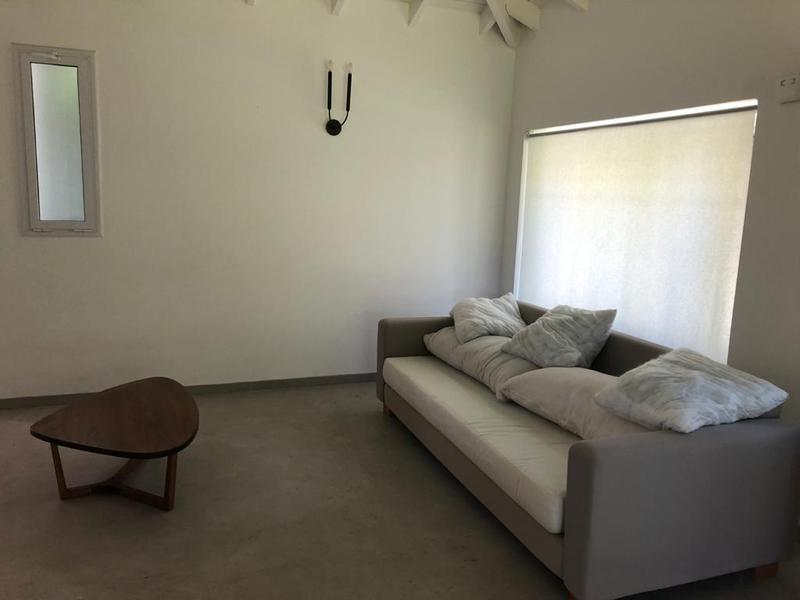 Foto Casa en Venta en  Los Rosales,  Countries/B.Cerrado (Ezeiza)  Venta - Casa en Los Rosales - Excelente oportunidad