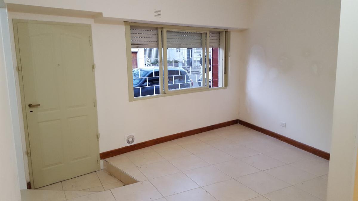 Foto Departamento en Alquiler en  Boedo ,  Capital Federal  Pavon al 3400