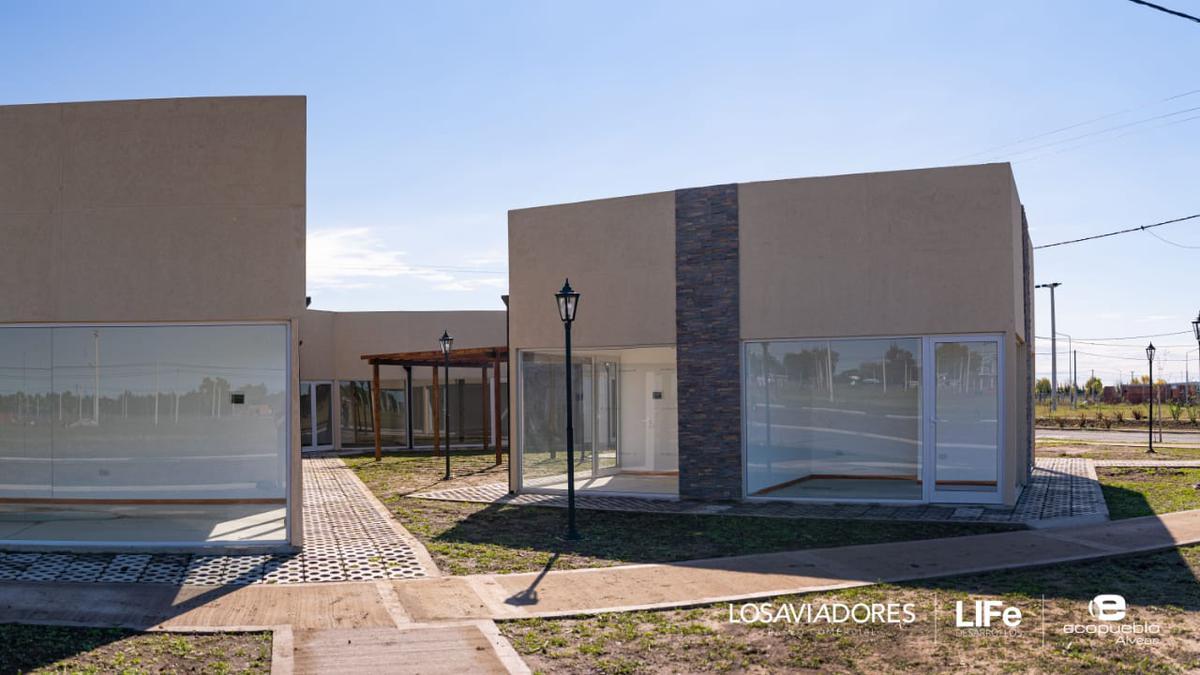 Foto Local en Venta en  Alvear,  Rosario  Ecopueblo Alvear