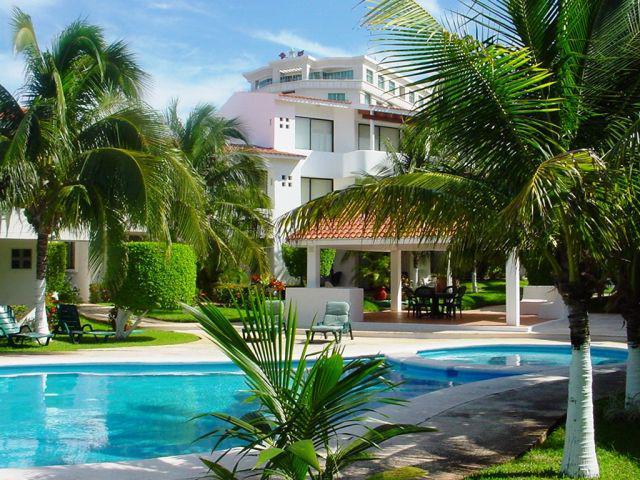Foto Departamento en Venta en  Zona Hotelera,  Cancún  OPORTUNIDAD VENTA HERMOSO DEPARTAMENTO QUINTAS DEL LAGO CANCUN