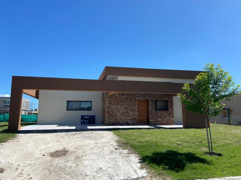 Foto Casa en Venta en  Santa Ines,  Canning (E. Echeverria)  LOTE al 400