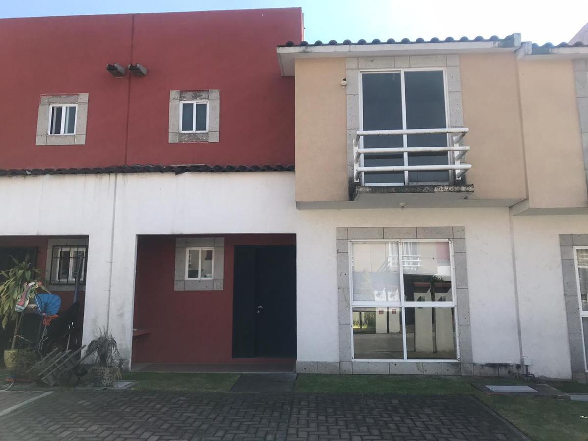 Foto Casa en condominio en Venta en  San Blas Otzacatipan,  Toluca  Tranquilo y seguro, Toscana, Frente a Toluca2000