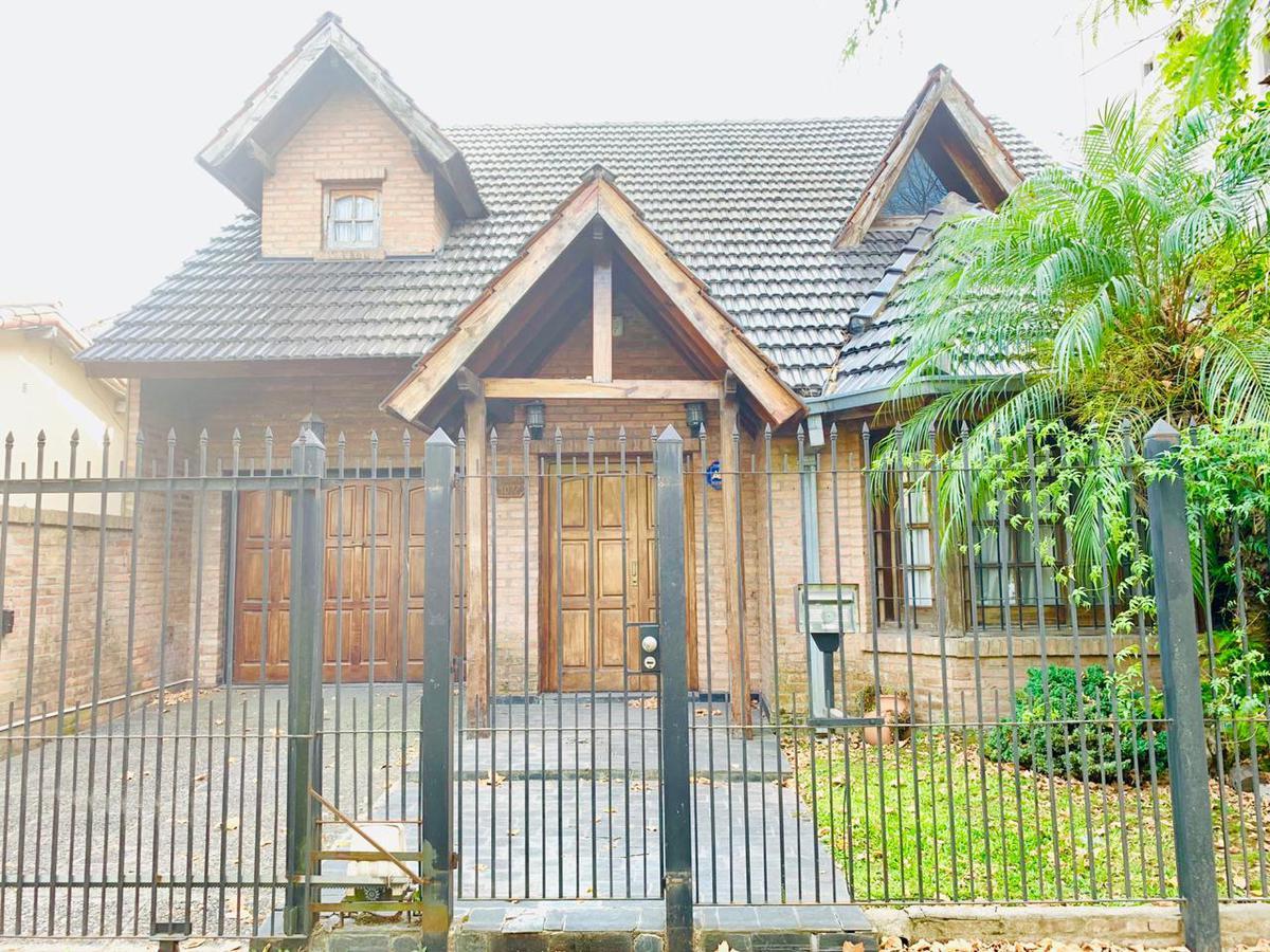 Foto Casa en Venta en  Ituzaingó,  Ituzaingó  Olazabal al 1000