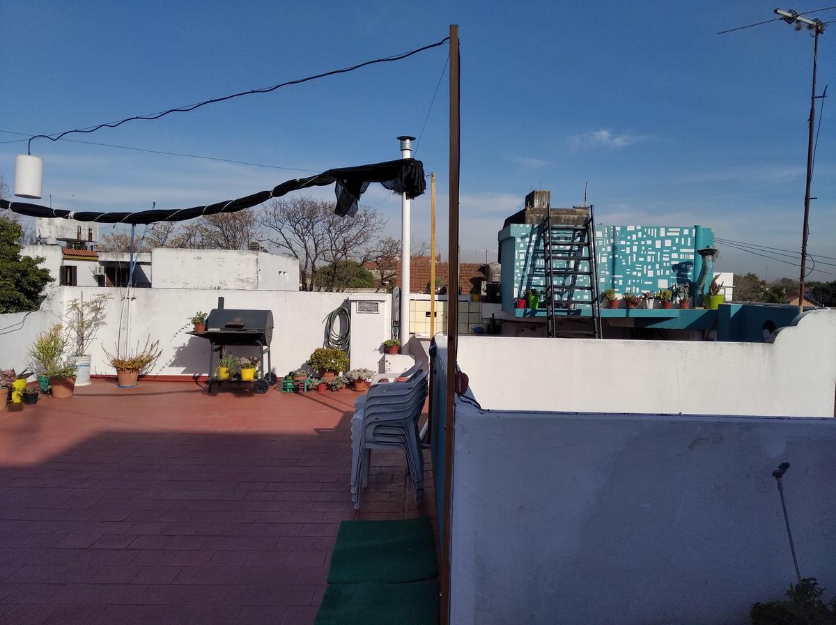 Foto PH en Venta en  Mart.-Santa Fe/Fleming,  Martinez  VELEZ SARSFIELD al 100