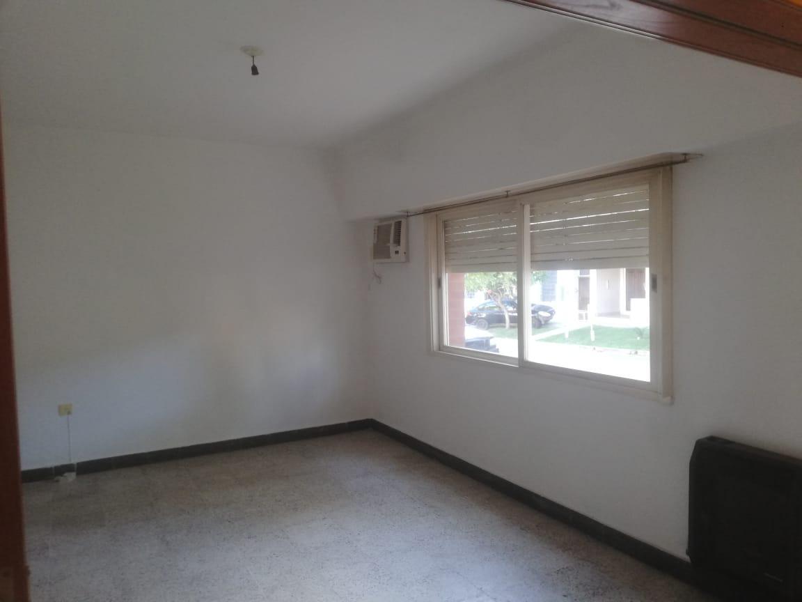 Foto Casa en Venta en  Candioti Sur,  Santa Fe  alberdi 2860