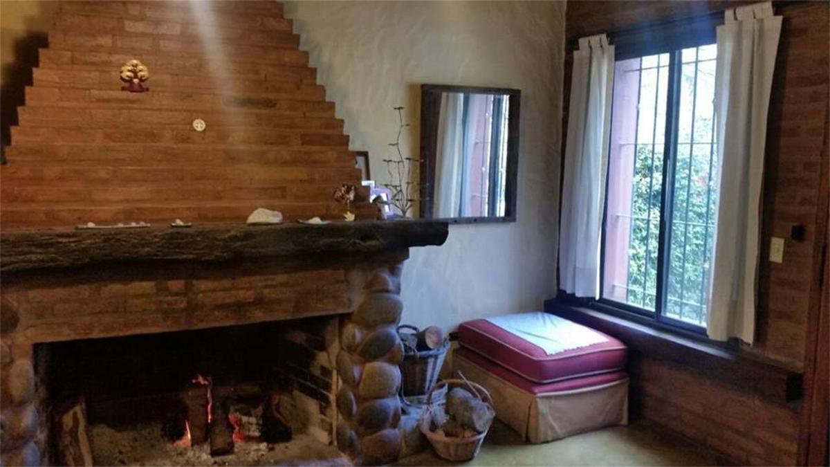 Foto Casa en Venta en  Villa De Mayo,  Malvinas Argentinas   Cosme  Argerich al 1700