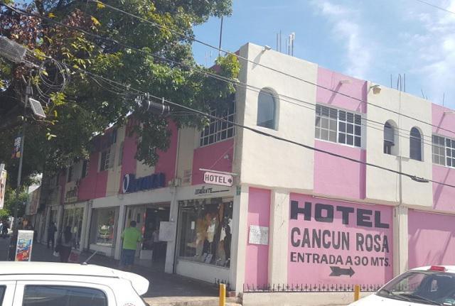 Foto Hotel en Venta en  Supermanzana 22 Centro,  Cancún  Venta de Hotel, HOTEL CANCUN ROSA, 32 habitaciones,10 Locales, Cancún, Quintana Roo. Clave GERA21