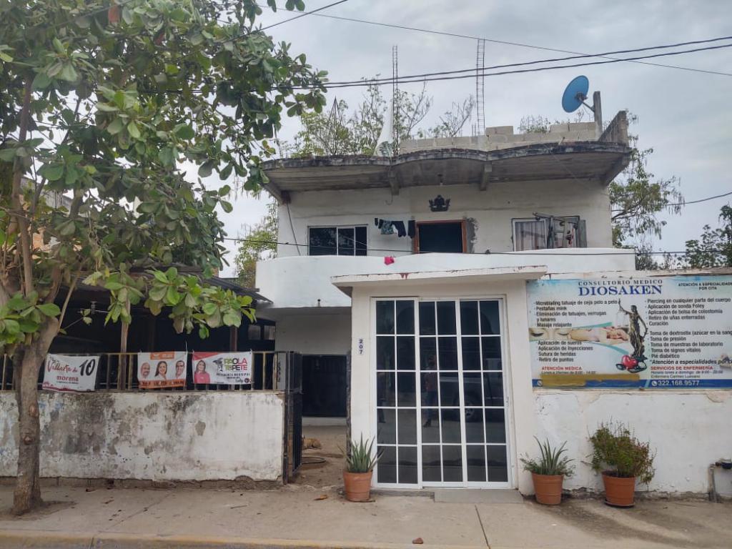 Foto Casa en Venta en  Mojoneras,  Puerto Vallarta   CASA EN COL. MOJONERAS
