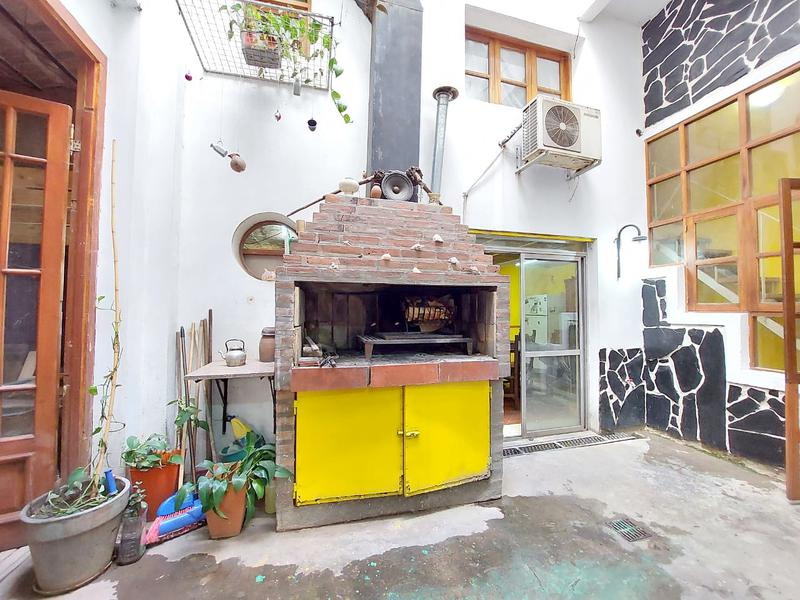 Foto Casa en Venta en  Macrocentro,  Rosario  Jujuy 1590 P.B