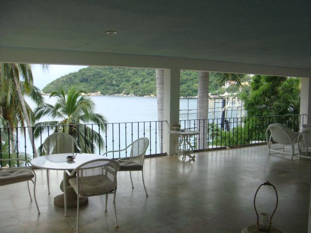 Foto Casa en Venta en  Fraccionamiento Pichilingue,  Acapulco de Juárez  Fraccionamiento Pichilingue