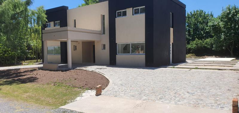 Foto Casa en Venta en  Pilar ,  G.B.A. Zona Norte  Pilar