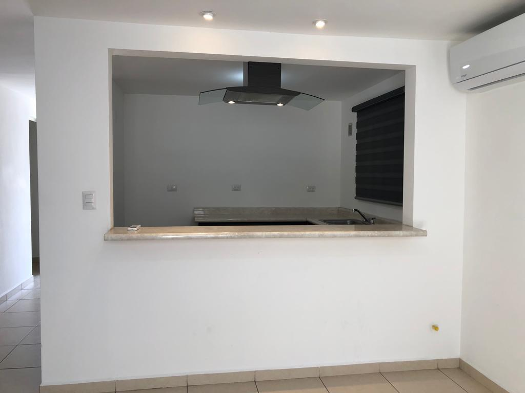 Foto Casa en Renta en  Residencial Apodaca,  Apodaca  CASA EN RENTA CAPELLANIA, APODACA, N.L.